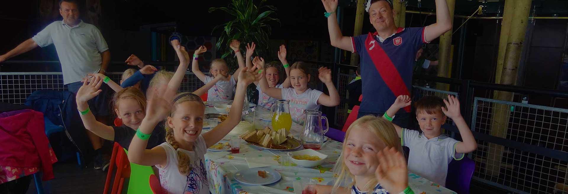 Childrens-birthday-party-min
